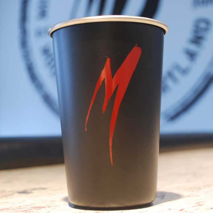 Stainless Red M Pint Cup